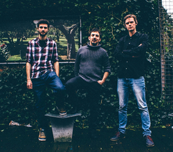 Profilový obrázek Uvira/Bruno/Hafizi Trio