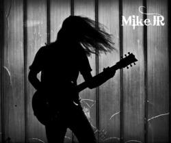 Profilový obrázek Mike Jr.
