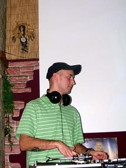 Profilový obrázek DJ NECROZ