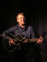 Profilový obrázek Mike Perry