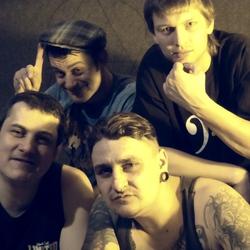 Obrázek k soutěži: Soutěž o triko a DVD punkrockové kapely Dilemma in Cinema