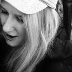 Profilový obrázek HenrietaBass