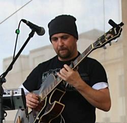 Profilový obrázek Ruda Kubajz Kubicek, guitars