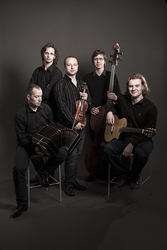Profilový obrázek Escualo kvintet