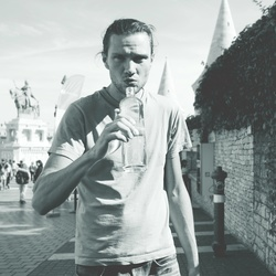 Profilový obrázek Peri Hanys