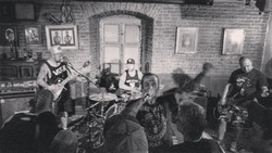 Profilový obrázek antiradio punkovy flashinet