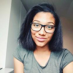 Profilový obrázek Yvonne