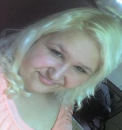 Profilový obrázek BlackandWhiteGirl